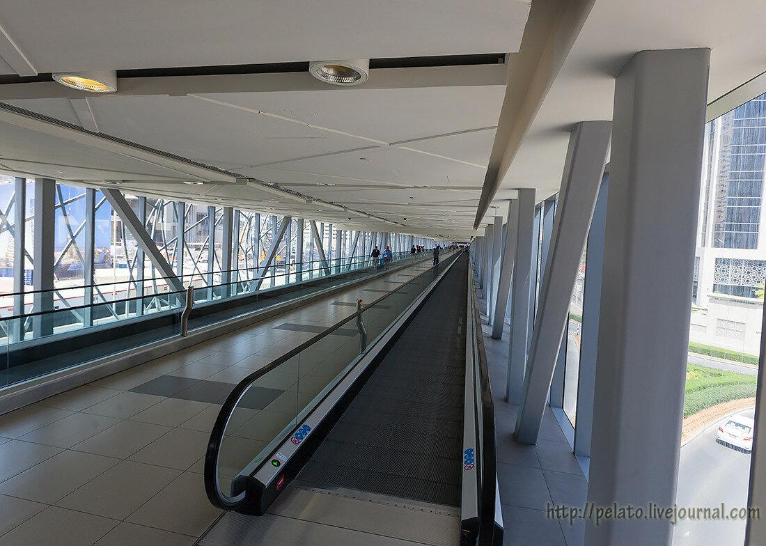 травалатор переход  Dubai Дубаи ОАЭ UAE