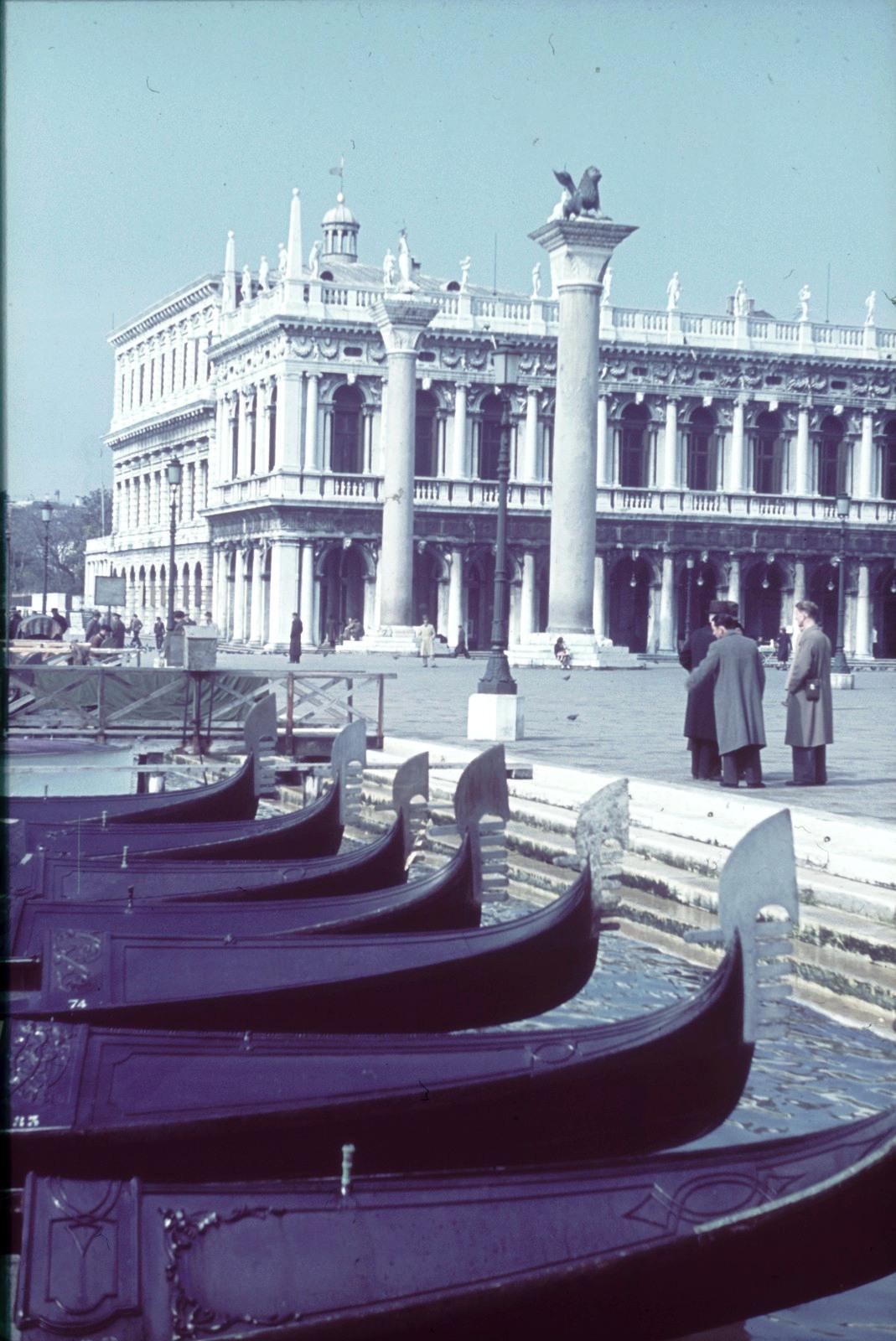Площадь Святого Марка. Библиотека Марчиана