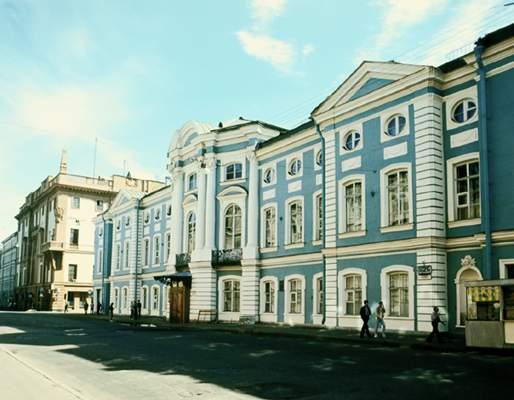 Дворец И. И. Шувалова