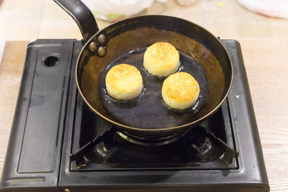 подробный пошаговый рецепт сырников фото