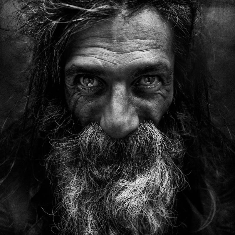 Портреты бездомных от фотографа Ли Джеффриса (16 фото)
