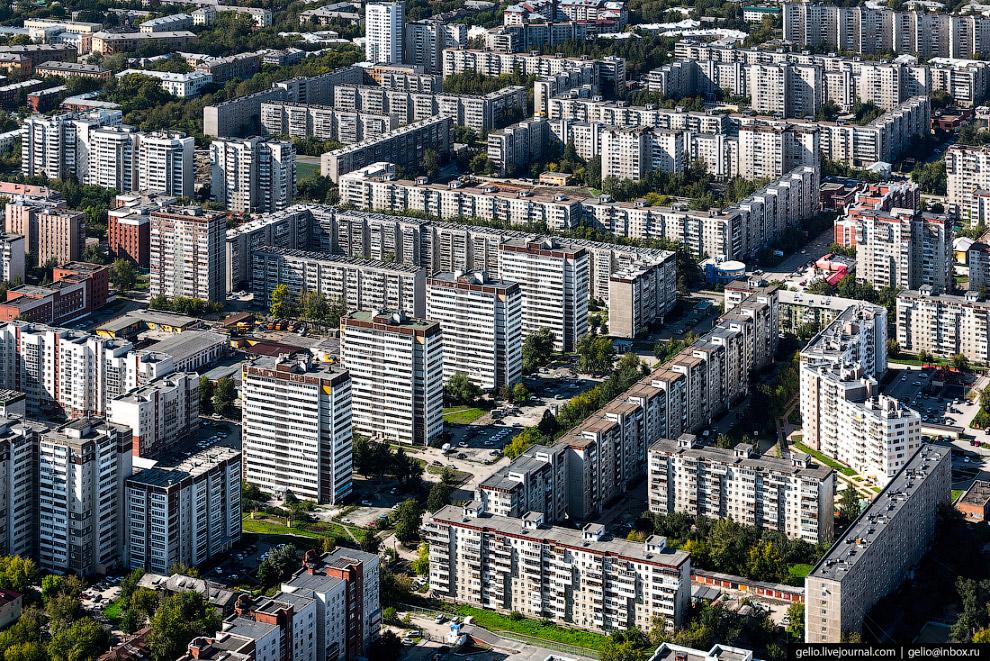 35. Жилой комплекс «Малевич». Квартал класса комфорт состоит из пяти зданий с уникальным ярким дизай