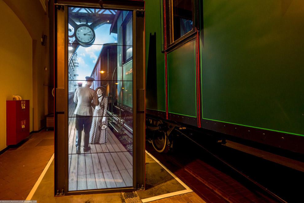 17. Если локомотивов сохранилось довольно много, то с вагонами, к сожалению — их мало. Особенно не х