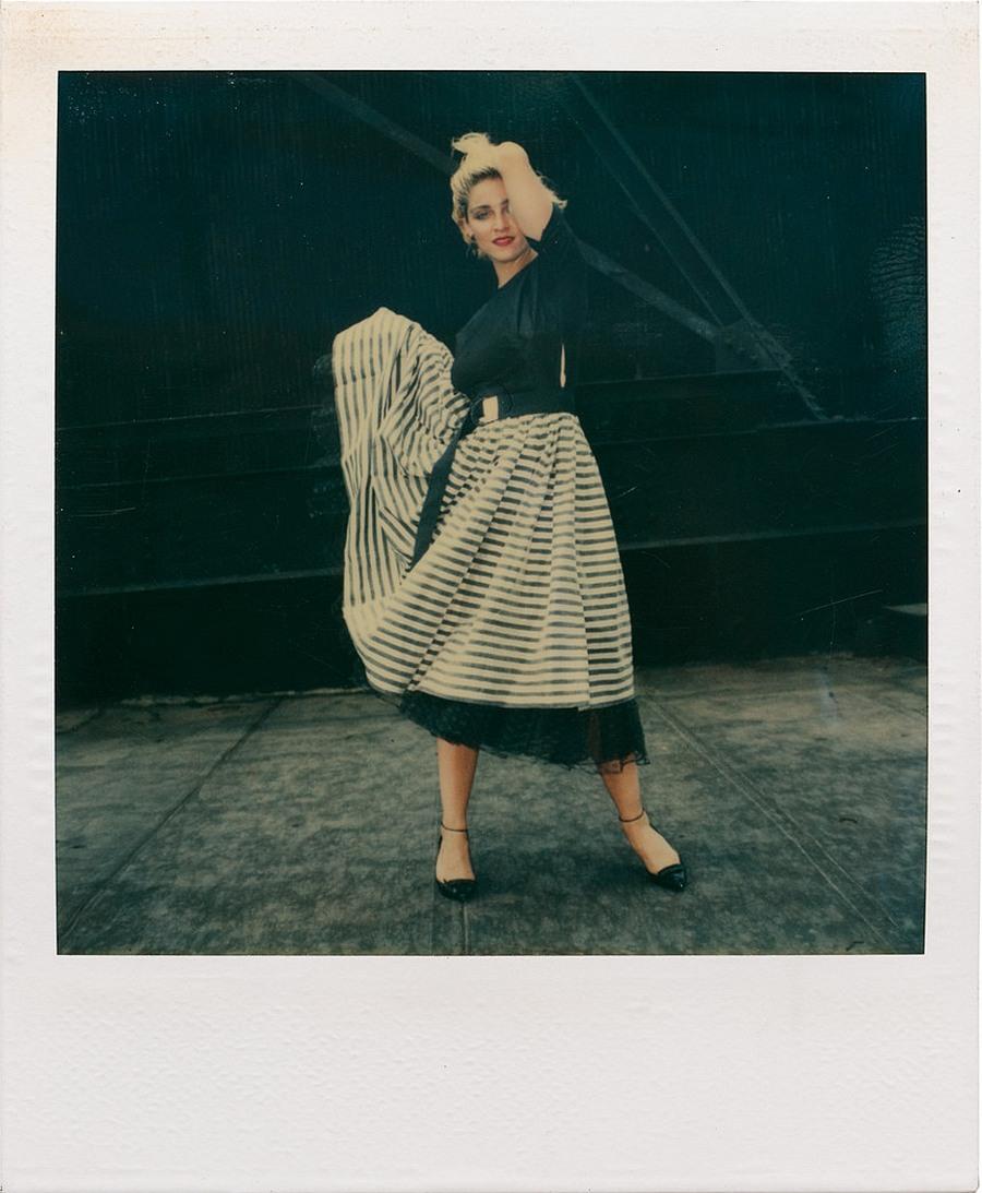 Мадонна на пороге славы в полароидных фотографиях 1983 года