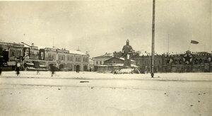 Площадь Окулова. Общий вид. Слева - корпус торг.рядов