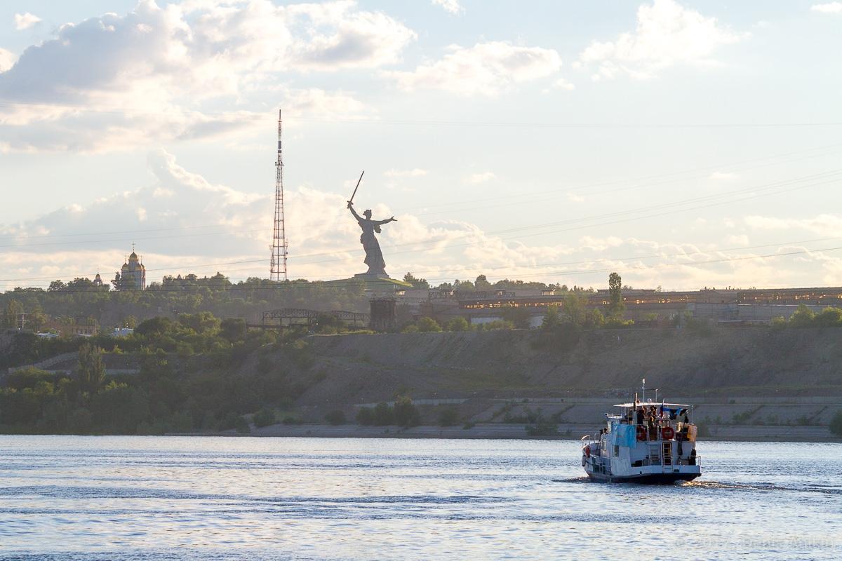 проплывая Волгоград фото 13