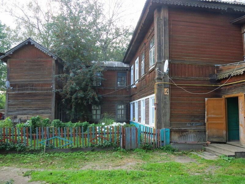 Деревянный жилой дом при ст. Бежецк