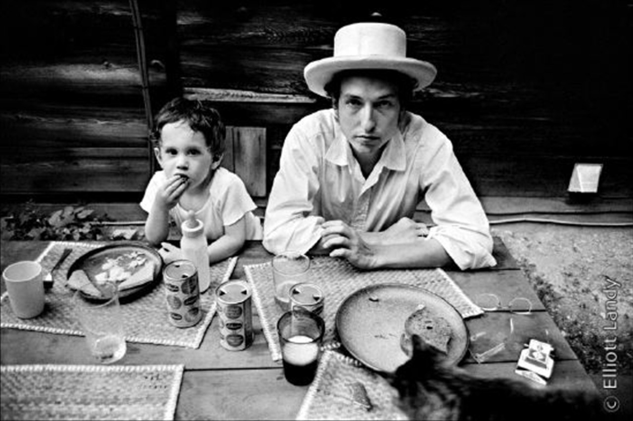 a photo essay of the 1968 visit to dylan landy Submit your new york city events art, film , music + more events tap here : bureau new york city events link please include: name of event date of event cost location time logos and images website contact.