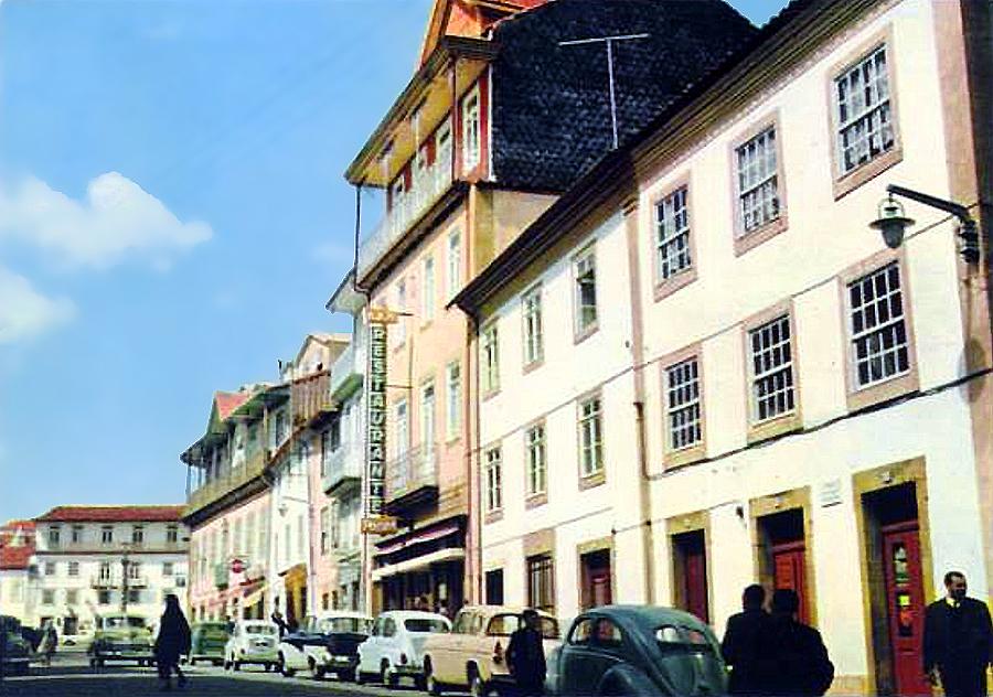 Bragança - Rua dos Combatentes da Grande Guerra - Pensão-Restaurante Poças.jpg