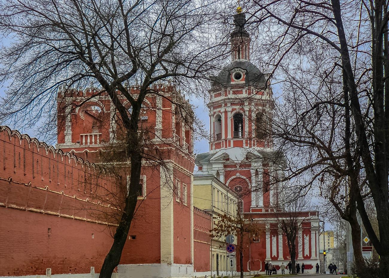 irina-fortuna-donskoy-monastery 01.jpg