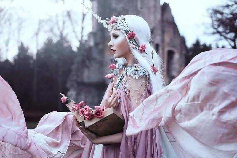 0 17ddf3 c3f2b5ea XL - Чувственная фотосессия девушек в красивых платьях