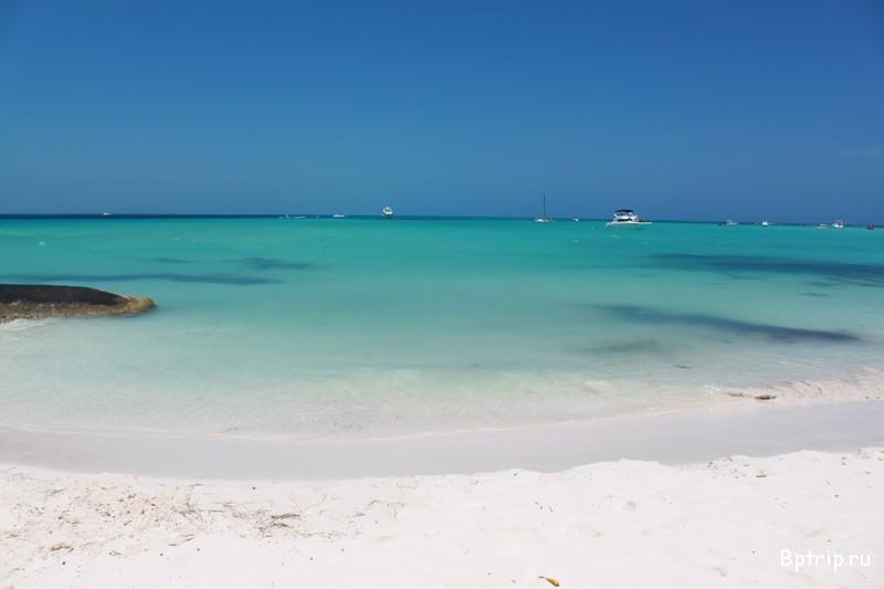 Португалия, Алгарве,Бенагил   Уникальность пляжа Бенгаил заключается в том, что