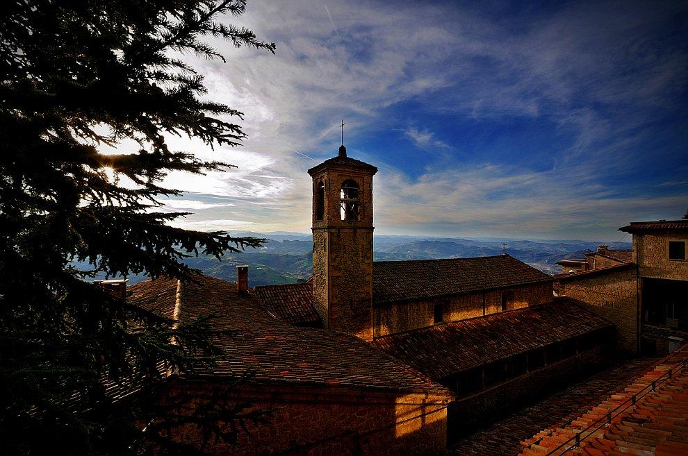 Канатная дорога в Сан-Марино: