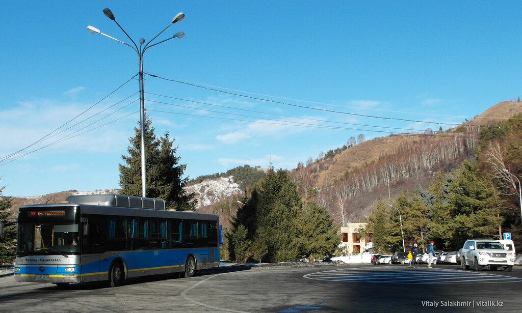 Автобус 12 Медеу.