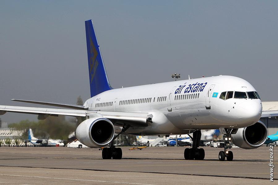 B-757_P4-KCU_Air_Astana_16_ALA.JPG