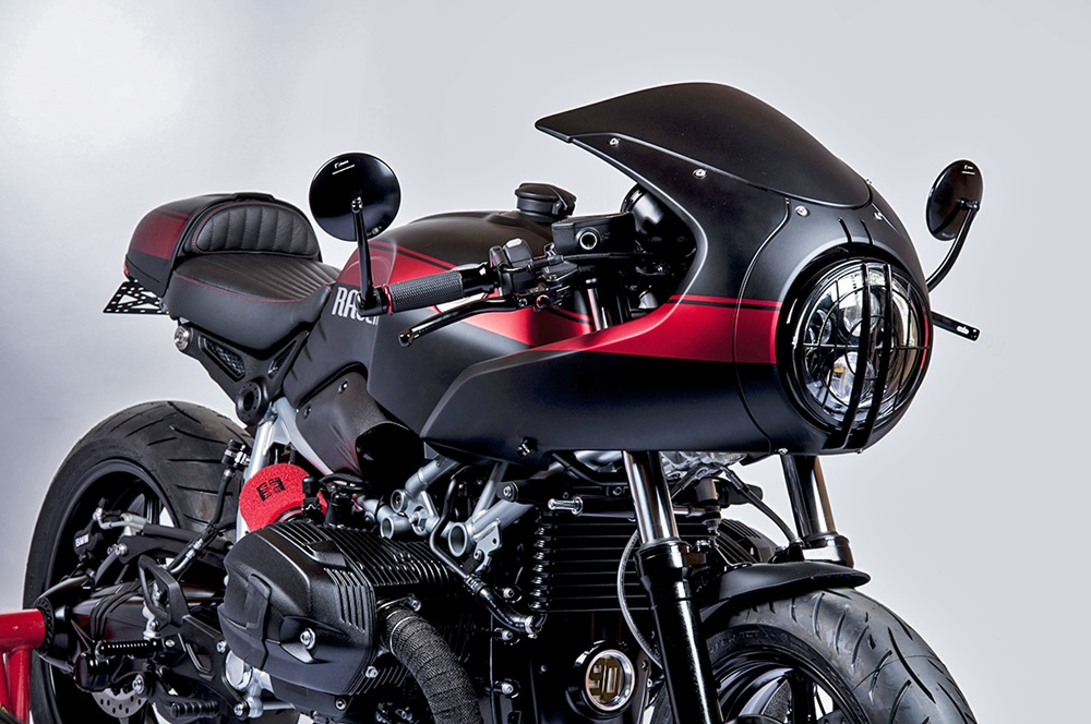 Tank Machine: кастом BMW R9T Racer Red Line
