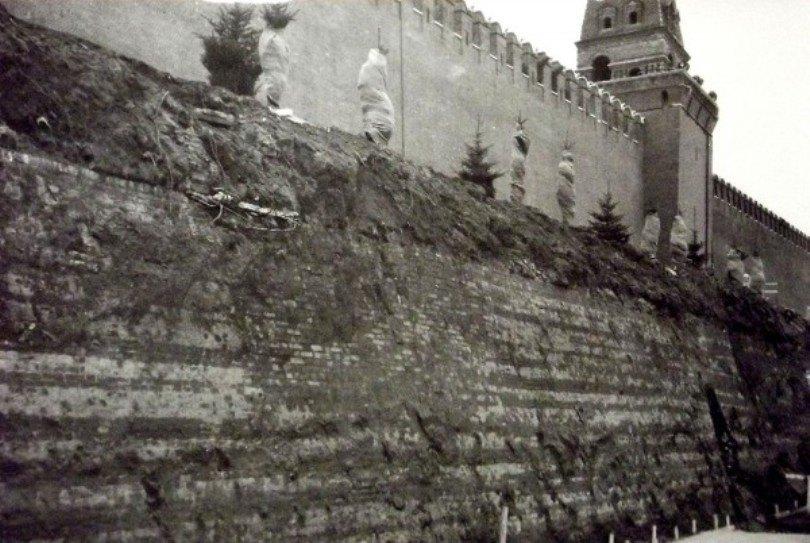 Ремонтные и археологические работы на Красной площади