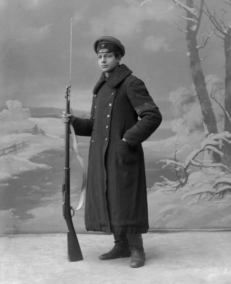 1917. Члены рабочей дружины во время восстания, Ковалевский