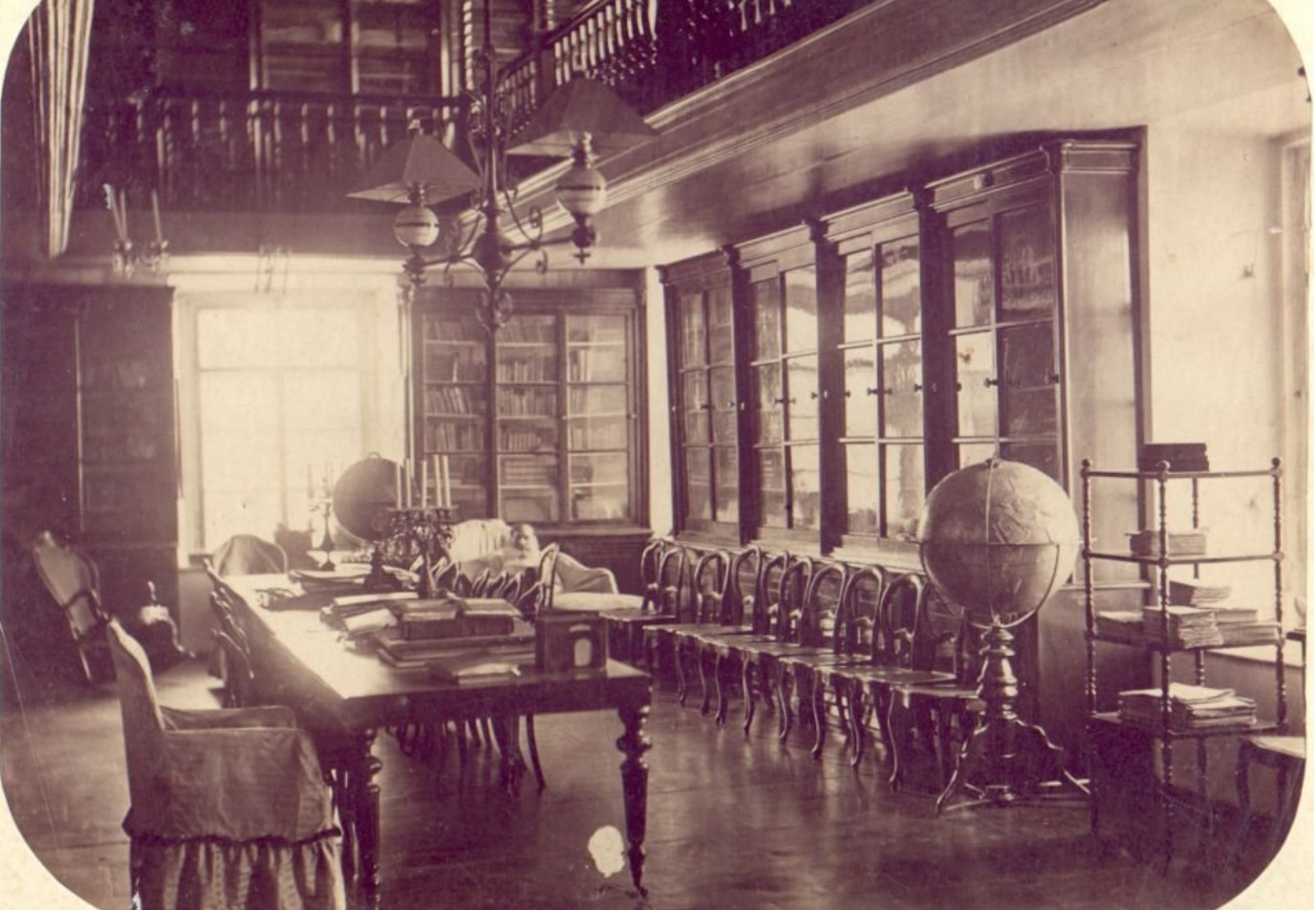 Дворец М.Д.Бутина. Библиотека