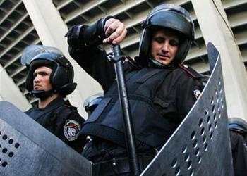 В центр Киева стягиваются силовики