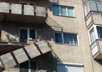В Кишиневе обрушился балкон квартиры; Один человек в тяжелом состоянии