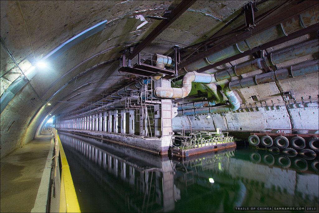10042006 база подводных лодок в балаклаве