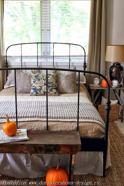 тыквы в спальне