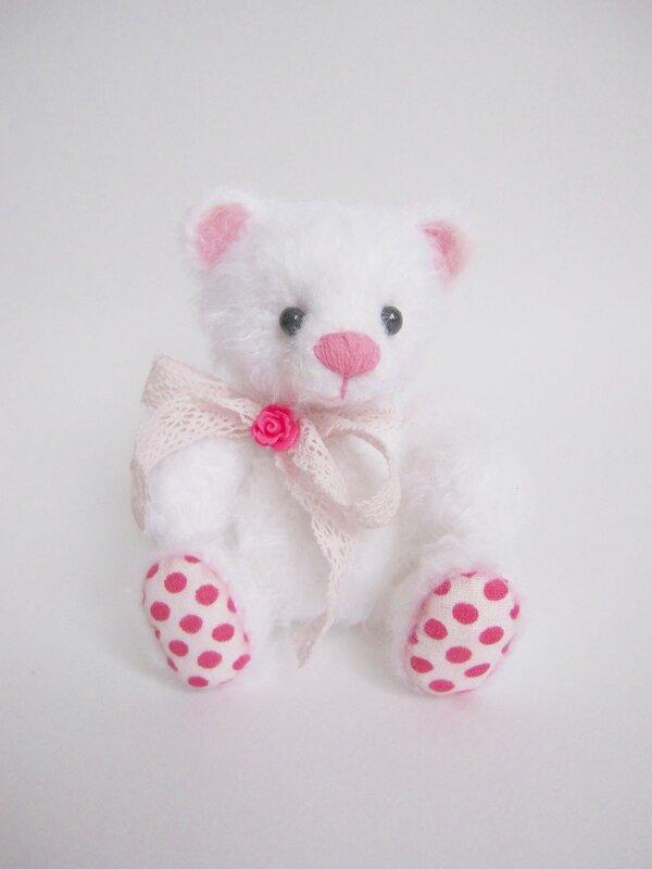Мишка крючком, вязаный мишка, 8 марта, розовый, белый мишка,