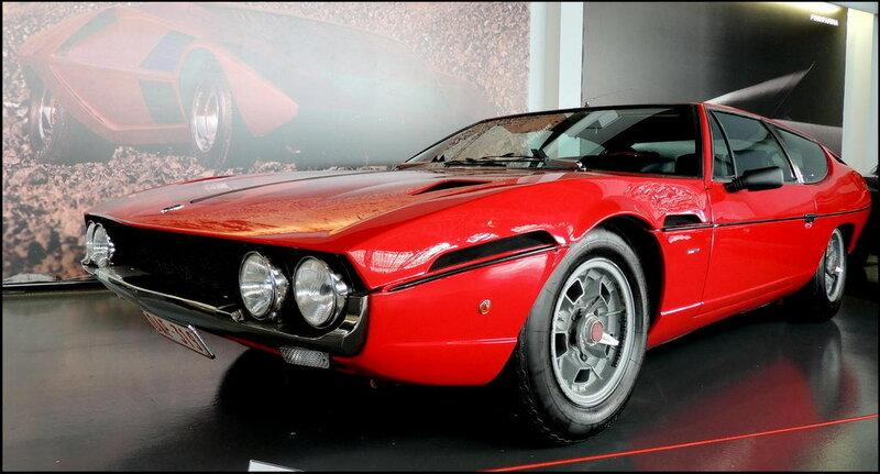 Autoworld 8432 Lamborghini Espada