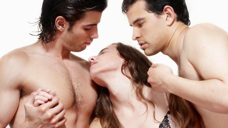 Фантазии секс в троем