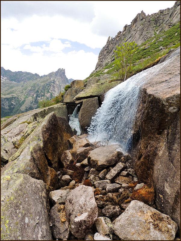 Драконий водопад
