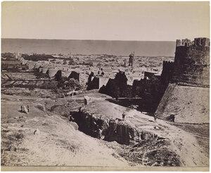 Стены Цитадели и старый квартал города Дербента