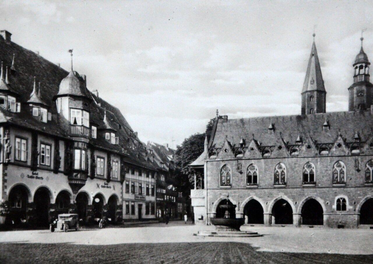 Гослар. Фонтан 13-го века. 1933
