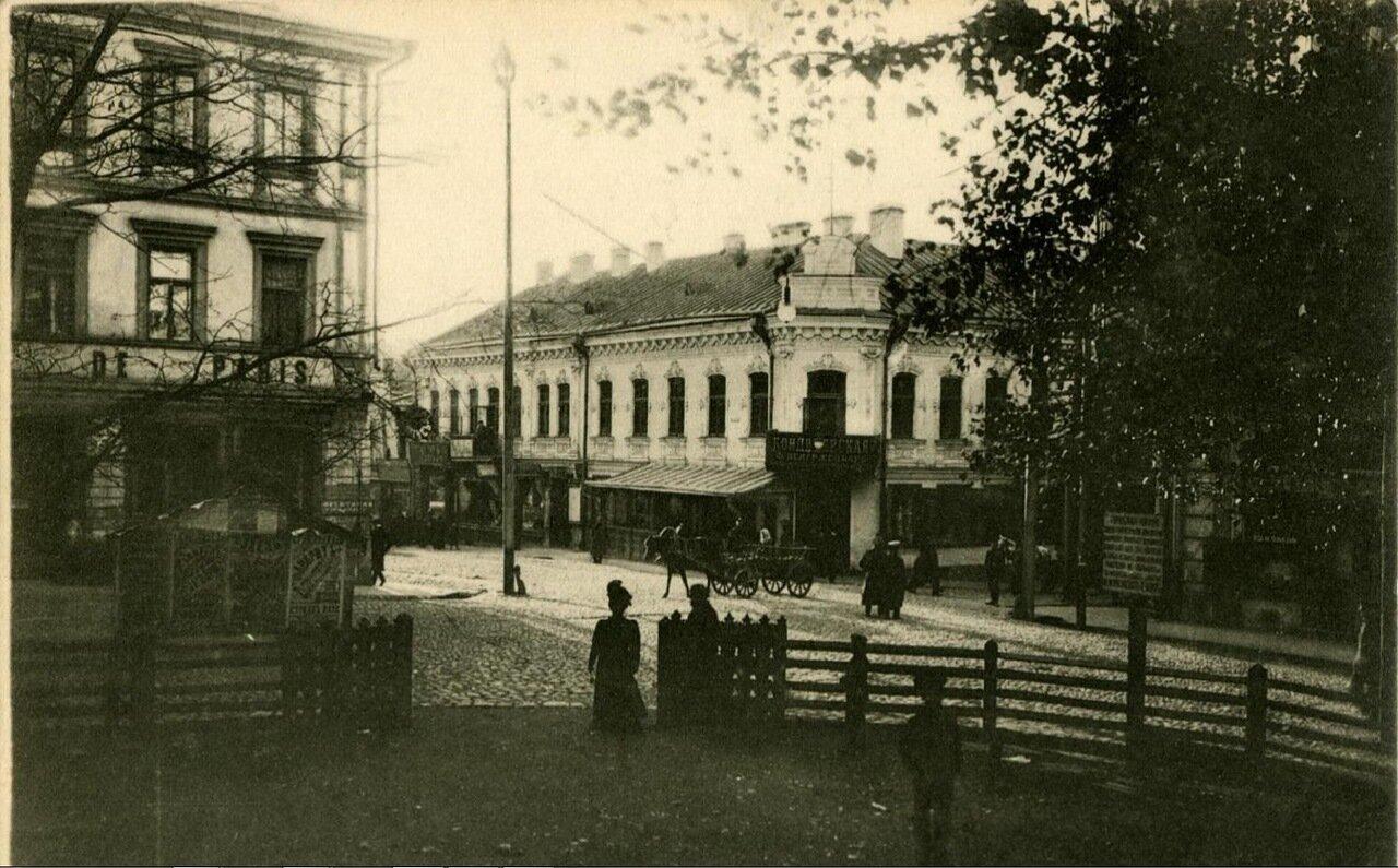 Захаревская улица. Гостиница «Париж»