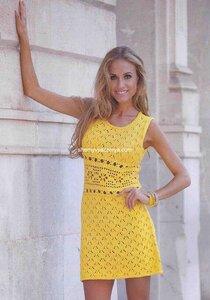 Мини-платье с ажурной планкой на талии