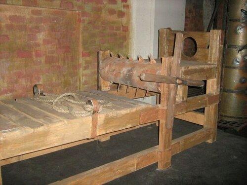 5 самых ужасных пыток (не для слабонервных)