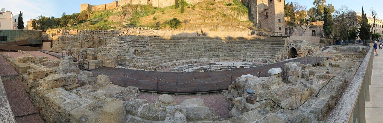 Малага. Римский театр (Teatro Romano)
