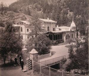 Вид дворца великого князя Георгия Александровича в день его смерти.