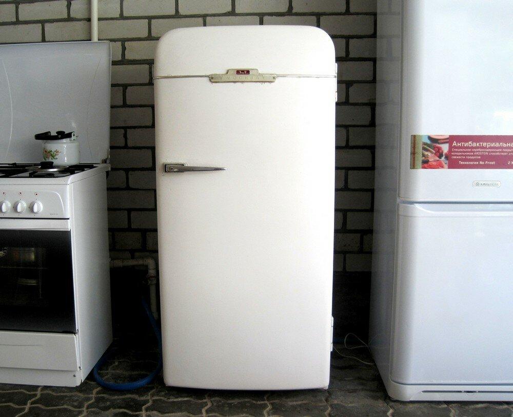 Холодильник зил москва фото