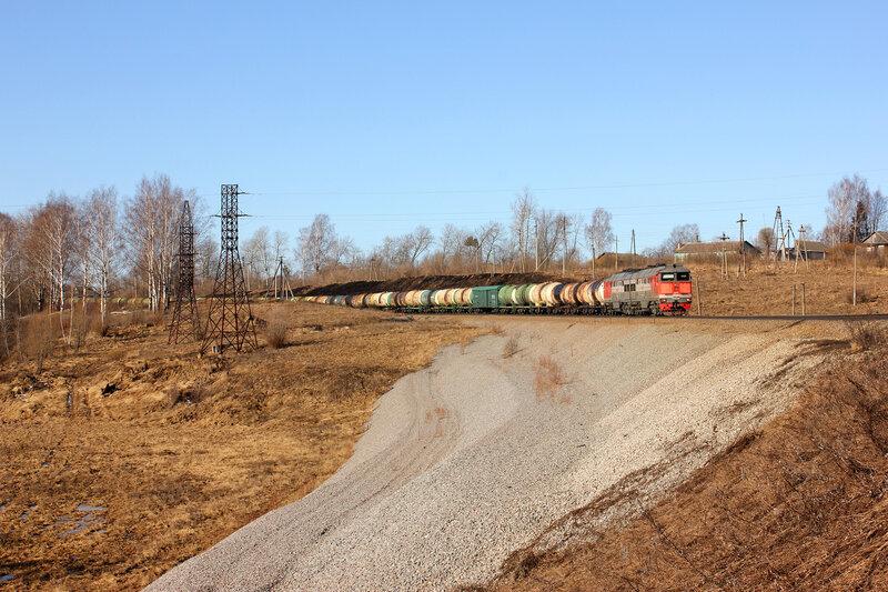 2ТЭ116-1308 на приближении к станции Зубцов