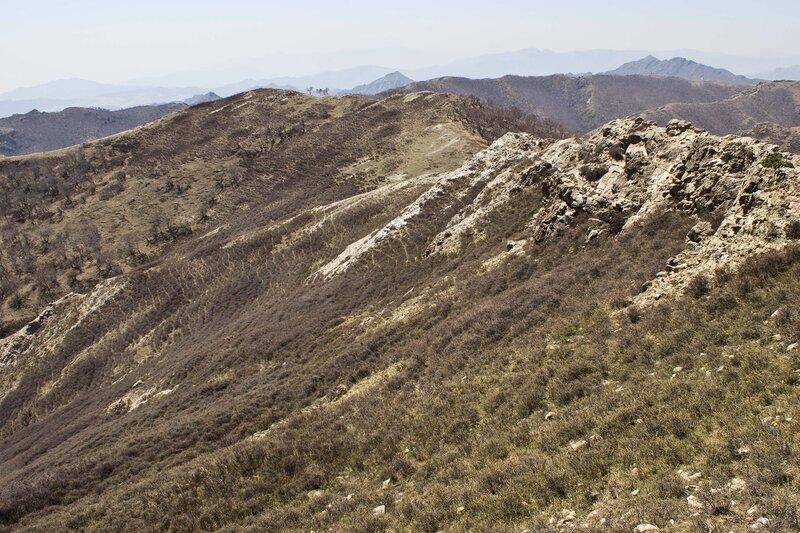 пейзаж  в горах инь шань, внутренняя монголия, китай