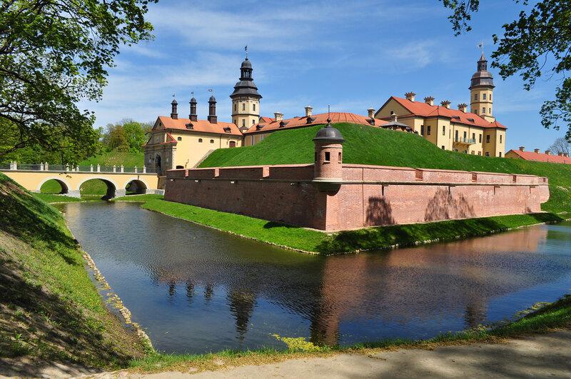 Картинки по запросу несвижский замок