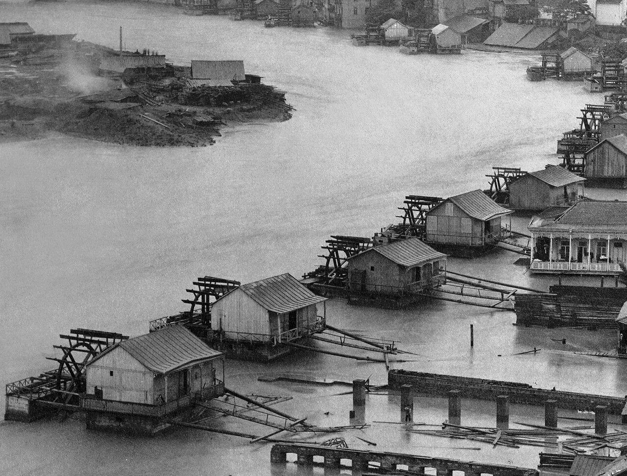 Вид с плато Метехи во время наводнения 1893