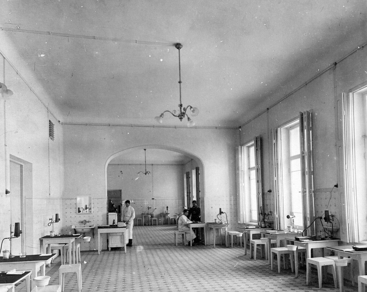 86. Физико-терапевтический кабинет при клиническом военном госпитале