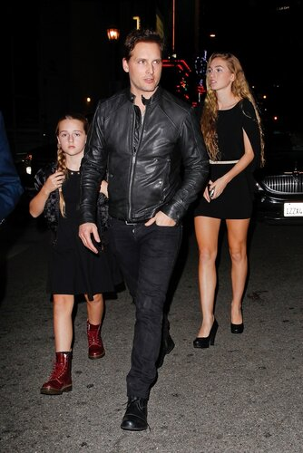 Los Angeles, CA - Actor Peter Facinelli and his daughters Lola Ray and Fiona Eve attend 'The Hunger Games: Catching Fire' Los Angeles Premiere held at the Nokia Theatre.  AKM-GSI November 18, 2013  To License These Photos, Please Contact :
