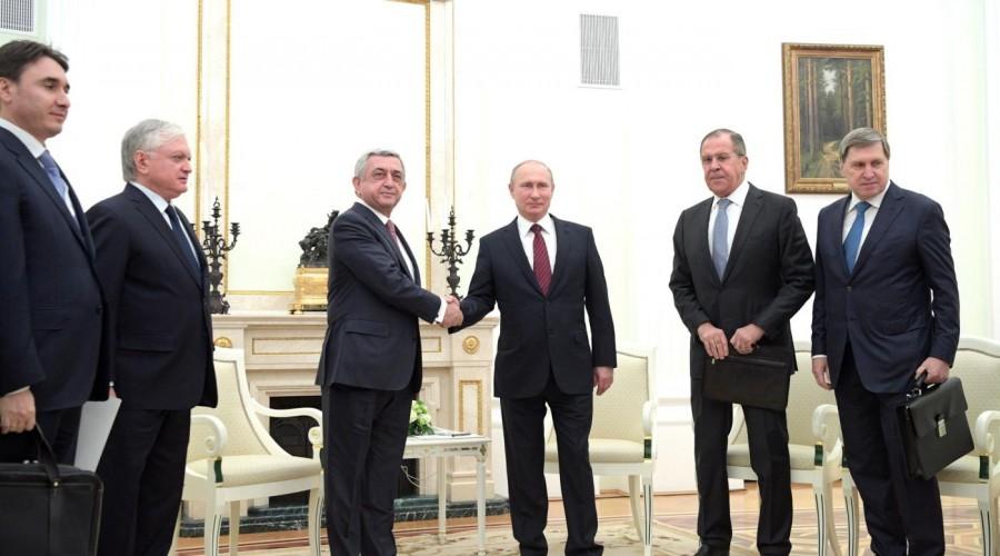 Владимир Путин обсудил с Сержем Саргсяном актуальные вопросы взаимодействия России и Армении
