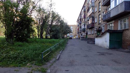 Фото города Инта №4956  Двор (восточная сторона дома) Мира 23 05.07.2013_15:31
