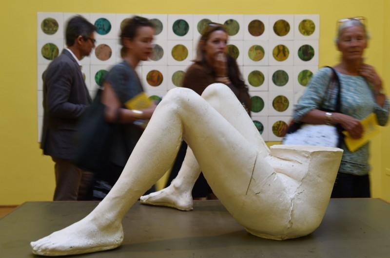 Все о современном искусстве для тех, кто не нашел денег на билет в Венецию (21 фото)