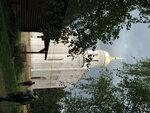 Белокаменная копия храма Покрова на Нерли. Творчески переработанная