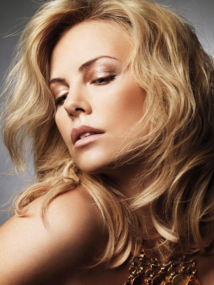 Charlize Theron / Шарлиз Терон в рекламной кампании Dior Parfums 2010 / фотограф Alexi Lubomirski